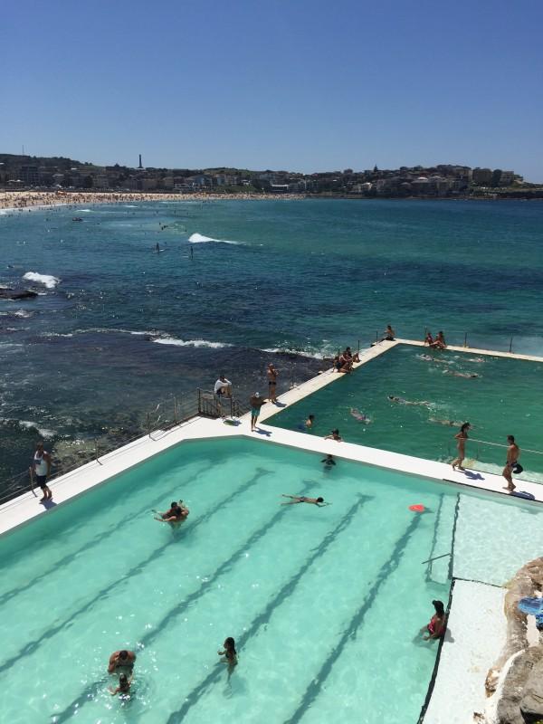 Sydney bondi beach icebergs pool alone with a camera for Pool show 2015 sydney